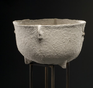 husk: cast iron tub, Brece Honeycutt, 2005 photo by Mark Gulezian